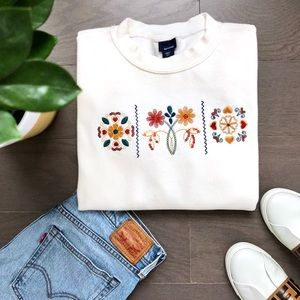 Basic Editions Sweatshirt with Embroidery